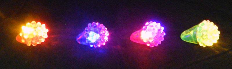 Lot De 6 Bagues Lumineuses Glow Mark