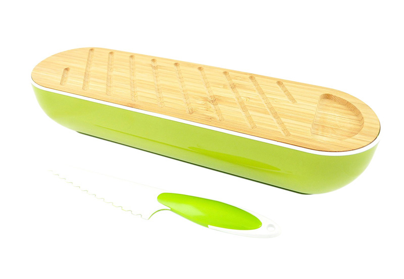 Corbeille à pain avec planche bambou et couteau (photo)